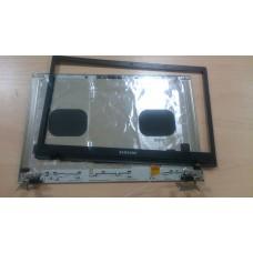 Крышка матрицы в сборе с петлями Samsung NP305V5A NP300V5A BA75-03225A